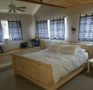 Rooms, Atomic Chalet
